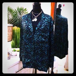 🍁Love Stories Leopard Print Satin Pajama Top🍁